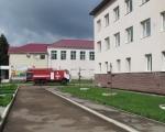 Совместные занятия профессиональных пожарных и добровольных пожарных по тушению условного пожара в СОШ №1 села Иглино